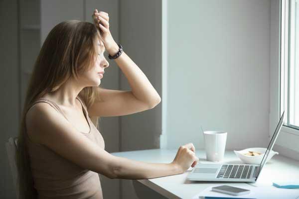 İlaç Kullanmadan Kronik Ağrınızı Nasıl Yönetebilirsiniz?